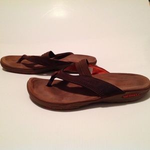 Merrell Woman's Sandals Size 10 In EUC